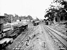 Historic Houses, Steam Locomotive, Historical Photos, Vr, Railroad Tracks, Climbing, Distance, Melbourne, Transportation