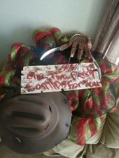 Freddy Kruger Halloween wreath --WreathsbyKristiFox