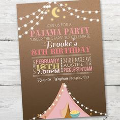 Dormir sobre la invitación rosa tienda pijama fiesta