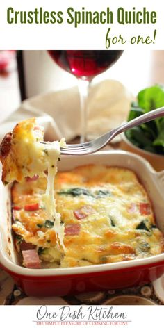 Creamy, low-carb Crustless Spinach Quiche for One made with ham and Swiss cheese. Full of flavor, you'll never even miss the crust! Mug Recipes, Quiche Recipes, Brunch Recipes, Low Carb Recipes, Breakfast Recipes, Cooking Recipes, Dinner Recipes, Cooking For One, Batch Cooking