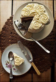 Tarta de chocolate y buttercream de vainilla | El Invitado de Invierno