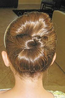 Princess Piggies: Pull-Through Updo