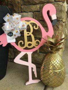 Flamingo Craft, Flamingo Gifts, Flamingo Decor, Pink Flamingos, Flamingo Bowl, Flamingo Birthday, Flamingo Party, Initial Door Hanger, Door Hangers