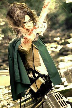 Shingeki no Kyojin (Hanji Zoe) (Cosplay)