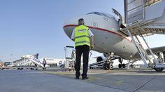 """AEGEAN pre flight visual check Athens International Airport """"Eleftherios Venizelos"""" Α3814"""