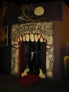 I like this idea for a fireplace...maybe just the teeth, fangs......