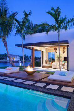 gazon pour balcon en bois composite et gazon synth tique pour une terrasse moderne. Black Bedroom Furniture Sets. Home Design Ideas
