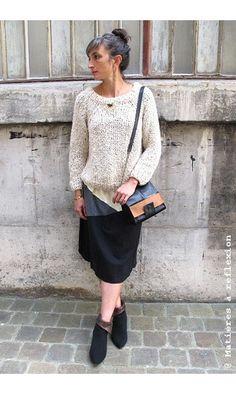 Elsa Esturgie jupe graphique Najet #jupes #skirt #graphic #graphique #najet #elsaesturgie #black #grey #white #chaussures #shoes #newlovers #pull #sacs #bags #matieresareflexion #bijoux #collier #necklace #annethomas #black