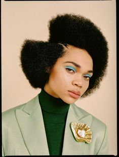 Portrait and Fashion Photographer in NYC Natural Hairstyles Photos, Afro Hairstyles, Costume Noir, Rides Front, Black Girl Aesthetic, Editorial Hair, Editorial Fashion, Celebrity Hair Stylist, Spring Looks