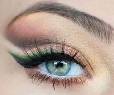 awesome Eyes and Makeup Wedding Pic Collections 43.