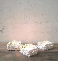 Ceramic string t-light holders