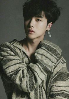 Kim Jinhwan: Oops he's a bit beautiful