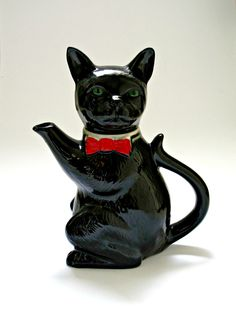 Vintage Cat Teapot by GoodnightPrudence on Etsy
