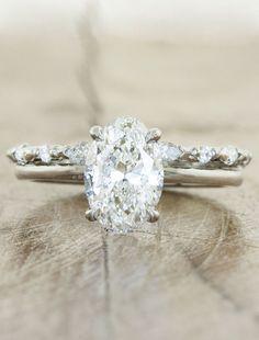 Sarah wedding band, Ariya oval cut engagement ring. Ken and Dana Designs. Rose or white Gold setting. #rosegoldweddingband #weddingbandsets #weddingring