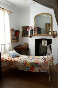 Quirky guest room details