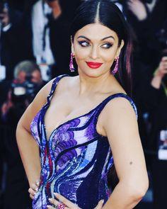 Actress Aishwarya Rai, Indian Bollywood Actress, Aishwarya Rai Bachchan, Bollywood Fashion, Indian Actresses, Mangalore, Bollywood Celebrities, Cannes Film Festival, Indian Beauty