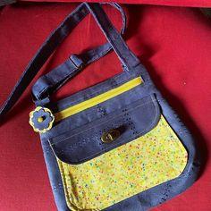 Chantal Pi sur Instagram: Premier sac réalisé avec un chouette patron de chez Sacôtin #sacotin #sacotinaddict