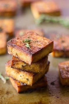 This flavor-packed baked tofu is soaked in a marinade of zesty lemon juice, zippy garlic, and savory herbs, then baked to perfection. It's perfect stuffed in a sandwich or sprinkled on salad! I almos Tofu Sandwich, Sandwich Recipes, Tofu Dishes, Vegan Dishes, Side Dishes, Seitan, Tempeh, Peanut Tofu Recipe, Tofu Salad
