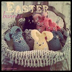 Get Smitten by Lisa Pocklington: *FREE* Crochet Easter Bunny Pattern Easter Crochet Patterns, Crochet Bunny Pattern, Love Crochet, Crochet For Kids, Crochet Crafts, Crochet Toys, Crochet Projects, Crocheted Animals, Crochet Rabbit