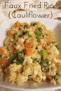 YUMMO! Gotta love using cauliflower instead of rice in this OUT-OF-THIS-WORLD Faux Fried Rice recipe! via @17ddblog