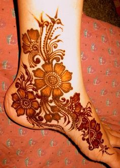 Easy to Make Eid Mehndi Designs of all Cultures Pakistani Indian & Arabic Henna Pattern