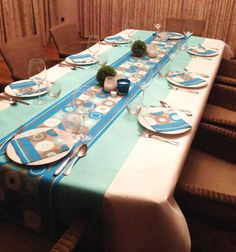 1000 images about rev tement de table on pinterest. Black Bedroom Furniture Sets. Home Design Ideas