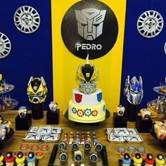 at home party ideas Transformers Birthday Parties, 10th Birthday Parties, Dinosaur Birthday Party, 8th Birthday, Birthday Party Themes, Birthday Ideas, Rescue Bots Birthday, Transformer Birthday, Diy Cake Topper