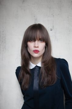 Long layered brunette - Laura Flook styled by Tony Kelley for Hairstory. Layered Hair, Long Layered, Blunt Bangs, Fringe Bangs, Hair A, Brunette Hair, About Hair, Victorian Fashion, Healthy Hair