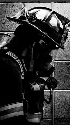 American Firefighter, Firefighter Family, Firefighter Paramedic, Firefighter Pictures, Female Firefighter, Volunteer Firefighter, Fire Dept, Fire Department, Firefighter Photography