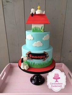 Snoopy Fondant Cake