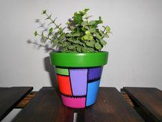 macetas pintadas a mano - souvenirs - regalos - macetitas Succulent Pots, Succulents Diy, Clay Pot Crafts, Diy Crafts, Mosaic Pots, Flower Pots, Flowers, Painted Pots, Clay Pots
