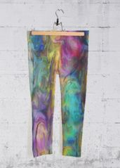 Original artwork embellishes our four-way stretch, mid-rise printed capri pants designed to make you stand out at the gym, in the studio, or on the go. Each capri legging is hand-cut and made in California. Yoga Capris, Yoga Pants, Capri Leggings, Capri Pants, Original Artwork, Print Patterns, Wings, Make It Yourself, Love