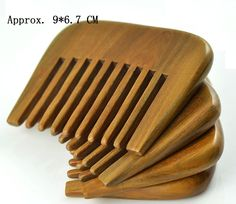 1 Pcs handmade Wide wood comb Small Green Sandalwood comb Head Massager Antistatic Wooden brush for Girls' Health Care gifts