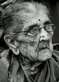 Elderly Hindu Woman Photograph - 96 Year Old Indian Woman India Day Parade Nyc 2011 2 by Robert Ullmann Old Faces, Interesting Faces, People Around The World, Old Women, Black And White Photography, Portrait Photography, People Photography, Beautiful People, Photos