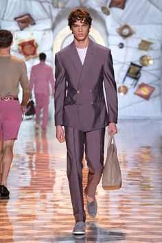 Look 5 - #Versace Men's Spring/Summer 2015 fashion show. #VersaceMenswear