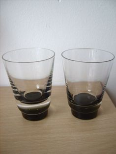 2-VINTAGE-CAITHNESS-GLASS-SCARABEN-TUMBLERS-DOMHNALL-O-BROIN-1962