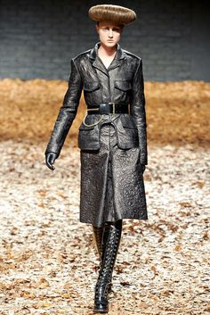 McQ Alexander McQueen | Fall 2012 Ready-to-Wear Collection | Vogue Runway