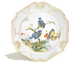 dish, Bird painting, naturalisitc, coloured, lim., num., gold decoration, 24 cm