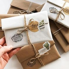 62 Ideas For Succulent Gift Diy Etsy Creative Gift Wrapping, Creative Gifts, Wrapping Ideas, Cute Packaging, Jewelry Packaging, Packaging Ideas, Cute Gifts, Diy Gifts, Handmade Gifts
