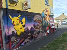 Post with 103983 views. A burger bar in our town is also a PokéStop. We went there on Day 1 and I took a picture of their mural. When I came back a few days later, they'd made some changes. Bobs Burgers Seasons, Pokemon Go, Pikachu, Burger Bar, Our Town, Family Christmas, Animation, Awesome, Artwork