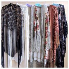 girl on a vine fall magic headed your way... lace <3 fringe <3 velvet <3 kimono <3 caftan <3
