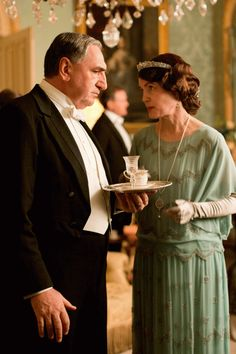 Lady Cora (Elizabeth Mcgovern) and Mr. Carson (Jim Carter) in #DowntonAbbey Series 4