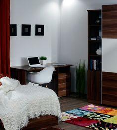I1380 szilva színű íróasztal. Corner Desk, Furniture, Home Decor, Homemade Home Decor, Corner Table, Home Furnishings, Decoration Home, Arredamento, Interior Decorating