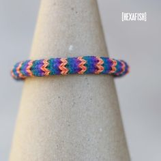Hexafish Bracelet [advanced] - Rainbow Loom video tutorial - http://www.blissbloomblog.com/