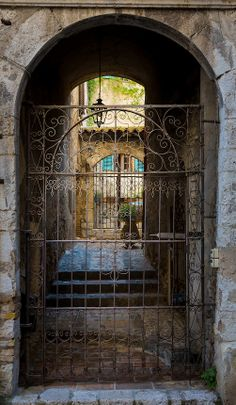 Courtyard in Saint Paul de Vence in France.  ----- Saint-Paul or Saint-Paul-de-Vence is a commune in the Alpes-Maritimes department in...
