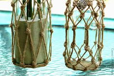 Cameo Cottage Designs: Knotted Jute Net Demijohns or Bottles DIY Tutorial Glass Bottle Crafts, Diy Bottle, Bottle Art, Glass Bottles, Jute, Garrafa Diy, Painted Wine Bottles, Wine Tote, Cameo