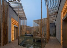 Located in the ShiQiao garden in Yangzhou, a city to the northwest of Shanghai, there is a floating Bamboo Courtyard Teahouse designed by Chinese architect S. Architecture Courtyard, Bamboo Architecture, Architecture Details, Sustainable Architecture, Yangzhou, Bamboo House Design, Bamboo Structure, Casa Patio, Internal Courtyard