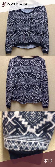 Juniors black/tan hi low sweater top Sz med Eyeshadow Juniors medium Black and Tan print hi-low sweater in great condition Tops