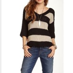 Free People sweater Free People sweater. Great used condition. Size medium but very oversized. Free People Sweaters