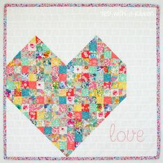 If you& always wanted to make a quilt but have been intimidated by the time and planning that goes into making traditional quilts, then you& love this I-Heart-You Mini Quilt. This easy quilting tutorial is great if you& new to quilting and is a Scrap Fabric Projects, Quilting Projects, Quilting Designs, Sewing Projects, Quilting Ideas, Sewing Ideas, Modern Quilting, Heart Quilt Pattern, Mini Quilt Patterns